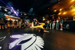 רקדניות בת מצווה